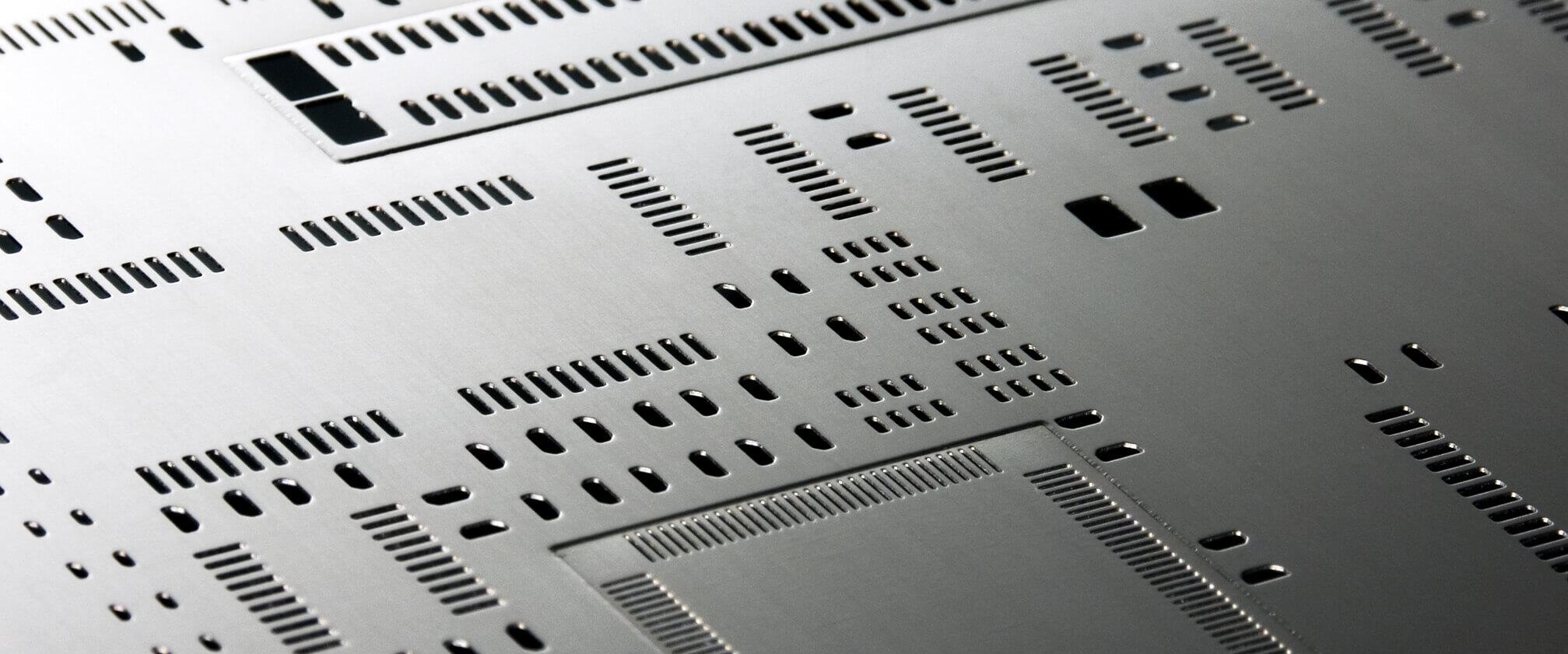 Laser cut step stencil - LaserJob
